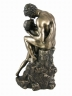 kissing_couple_lovers_statue_3V