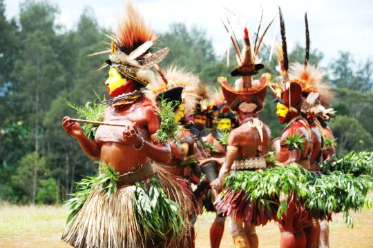 Huli_Tribe__Papua_New_Guinea_2_by_cazart