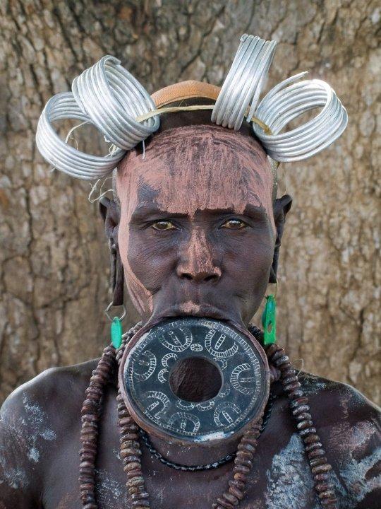 mursi-tribe-ethiopia-4